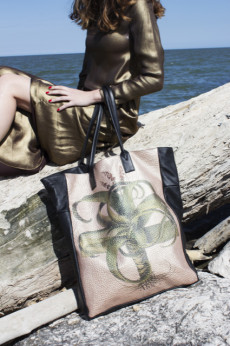 JUMBO BAG previewed by Vogue Boutique in Formigine